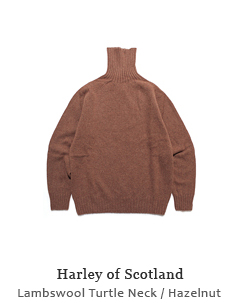 Lambswool Turtle Neck Sweater